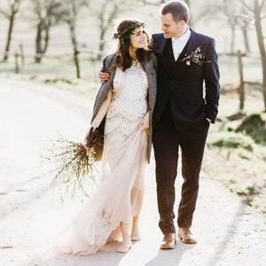 BHLDN Dresses - BHLDN Needle & Thread Cate Gown Size 4 Defects